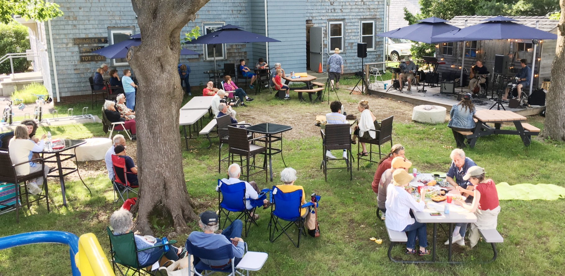 Backyard Sessions at Bay Spring: August 2021 @ Bay Spring Community Center